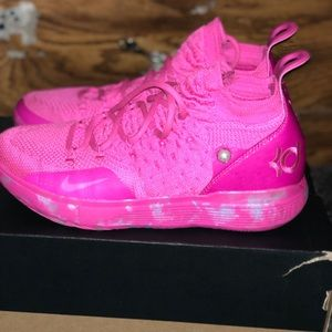 Kd 11 Aunt pearls